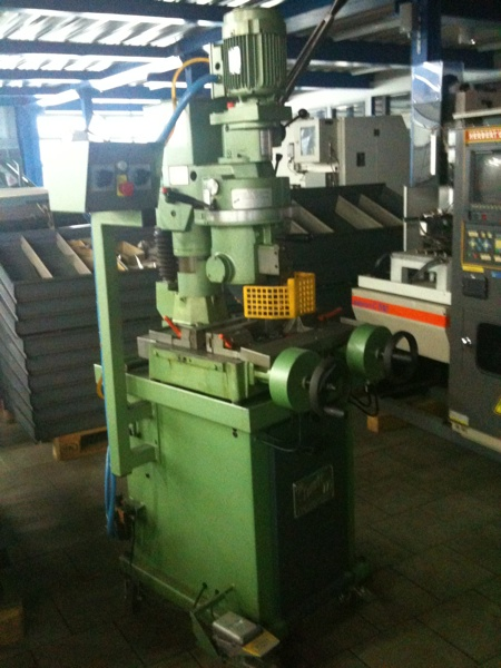 Fabrikat: Comete Kreissägemaschine - Typ: RGA 275